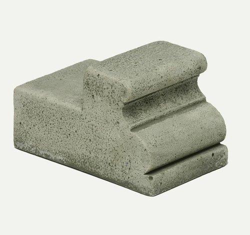 Cast Stone Wide Classic Riser