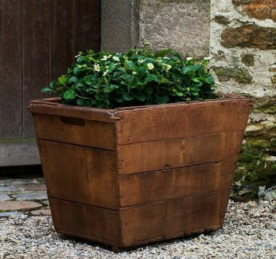 Cast Stone Large Vendange Planter