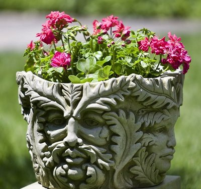 Cast Stone Sylvan Planter