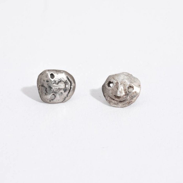 Mondo Mondo Mini Face Earrings