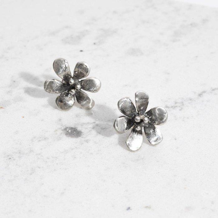 Mondo Mondo Daisy Earrings