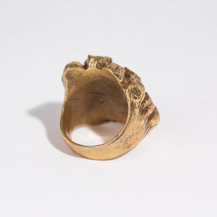Saint Claude Barnacle Ring - Brass