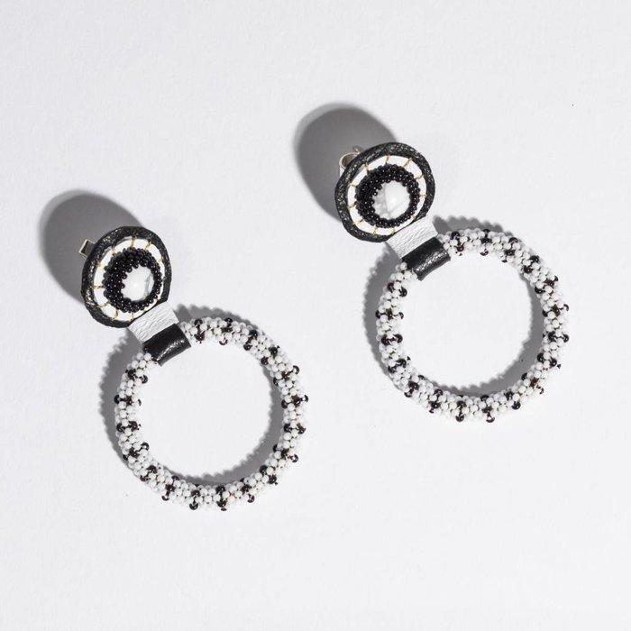 Small Beaded Hoop earrings - White Howlite