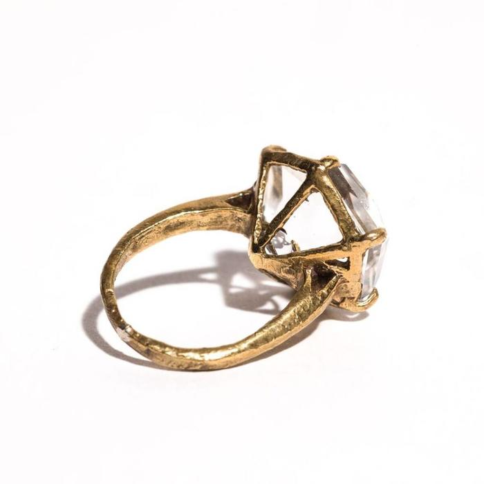 Unearthen Ament Ring