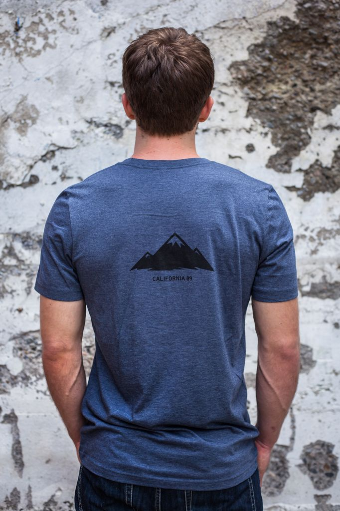 Men's Tshirt Men's short sleeve tshirt shield front, Mountain back