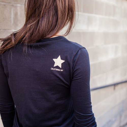 Women's T-Shirts Women's Scoop Neck Long Sleeve Tee