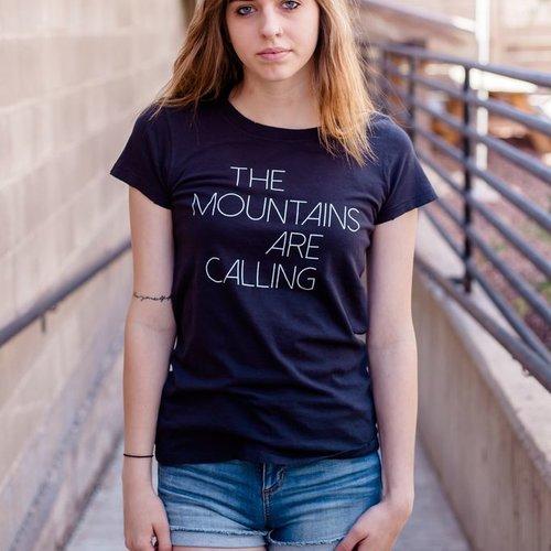 California 89 Mountains Are Calling Women's Tee