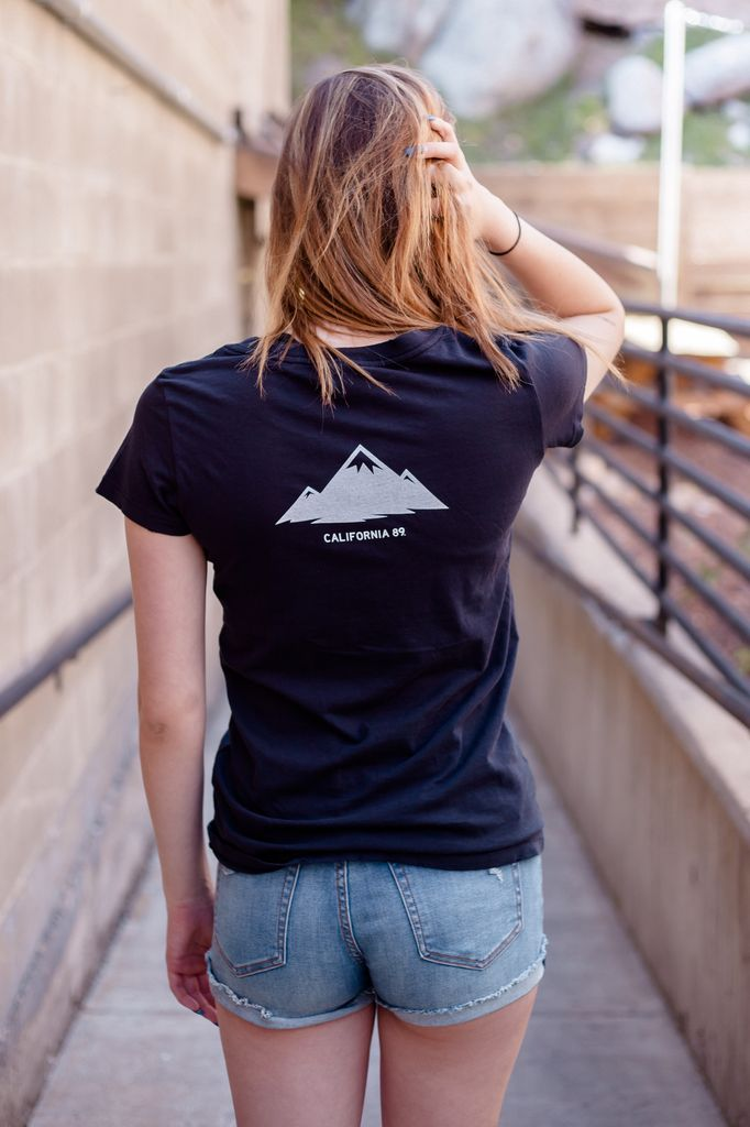 California 89 Mountains Are Calling Women's Tee