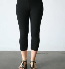 Cut Loose Capri Leggings
