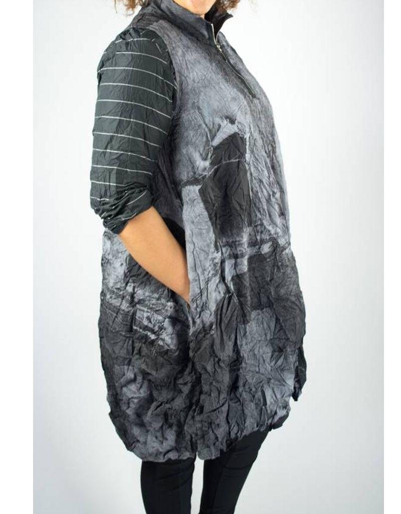 Comfy Comfy USA Verona Vest in Sheila