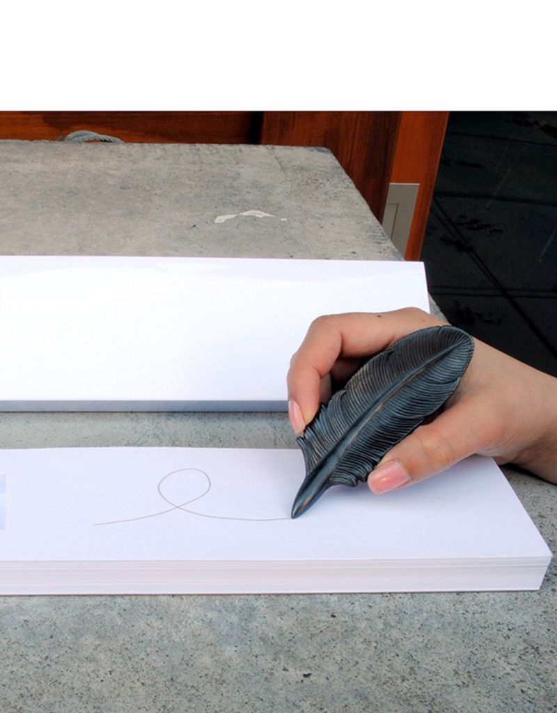 Batle Studio Small Sparrow Graphite Object