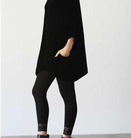 Cut Loose O/S Velvet Pullover