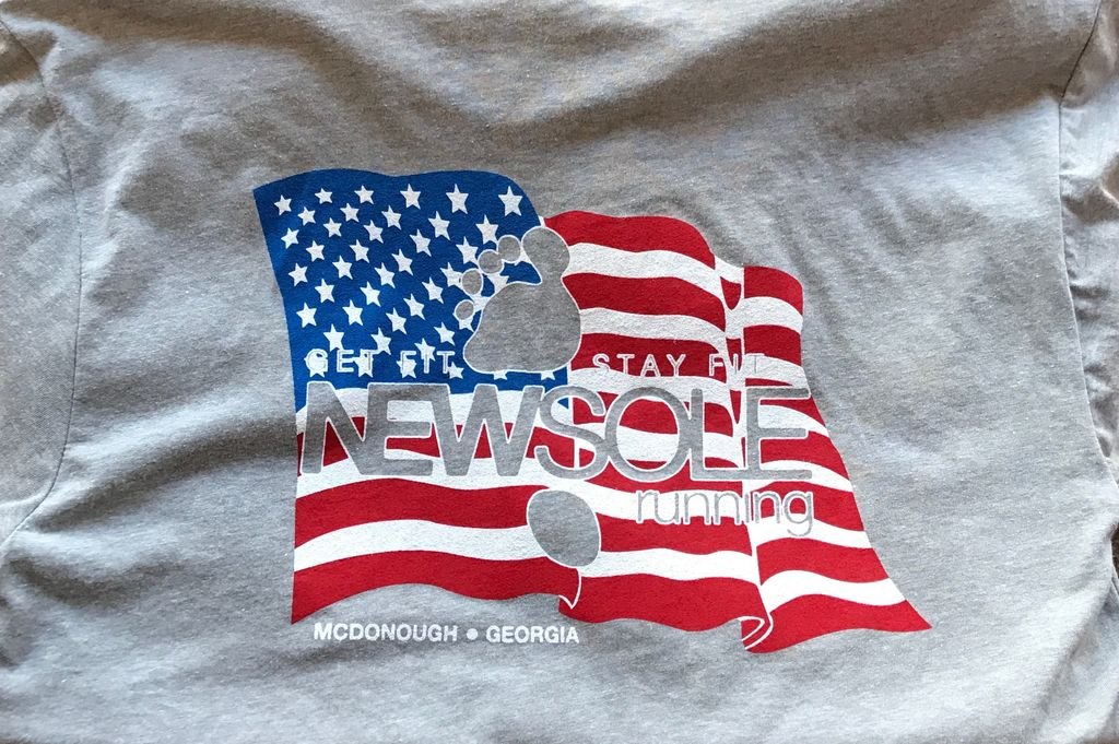 A T-Shirt NEWSole Flag Shirt
