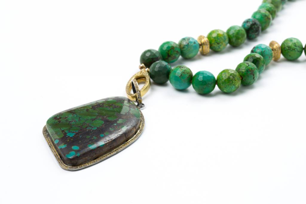 Carol Penn GREEN TURQUOISE NECKLACE