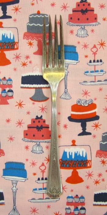 PD's Julia Rothman Collection Bake Cakes in Multi, Dinner Napkin