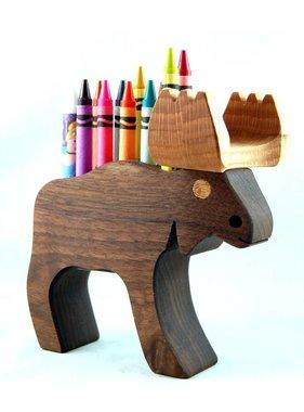 Alain Mailhot - Sculpteur 1 Porte-crayons de cire - Orignal P.C.