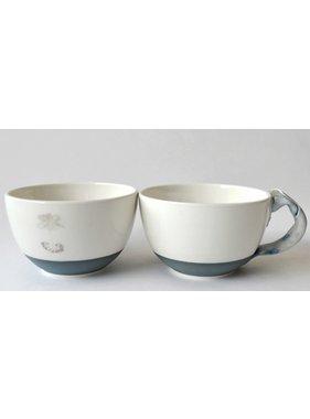 Catherine De Abreu 1 Tasse café au lait Générosité 02-G