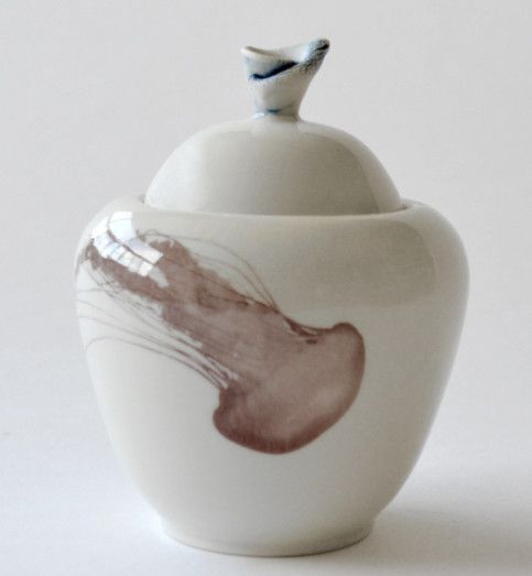 Catherine De Abreu Sugar Bowl Jellyfish