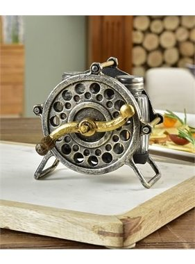 Salt & Pepper Fishing Reel