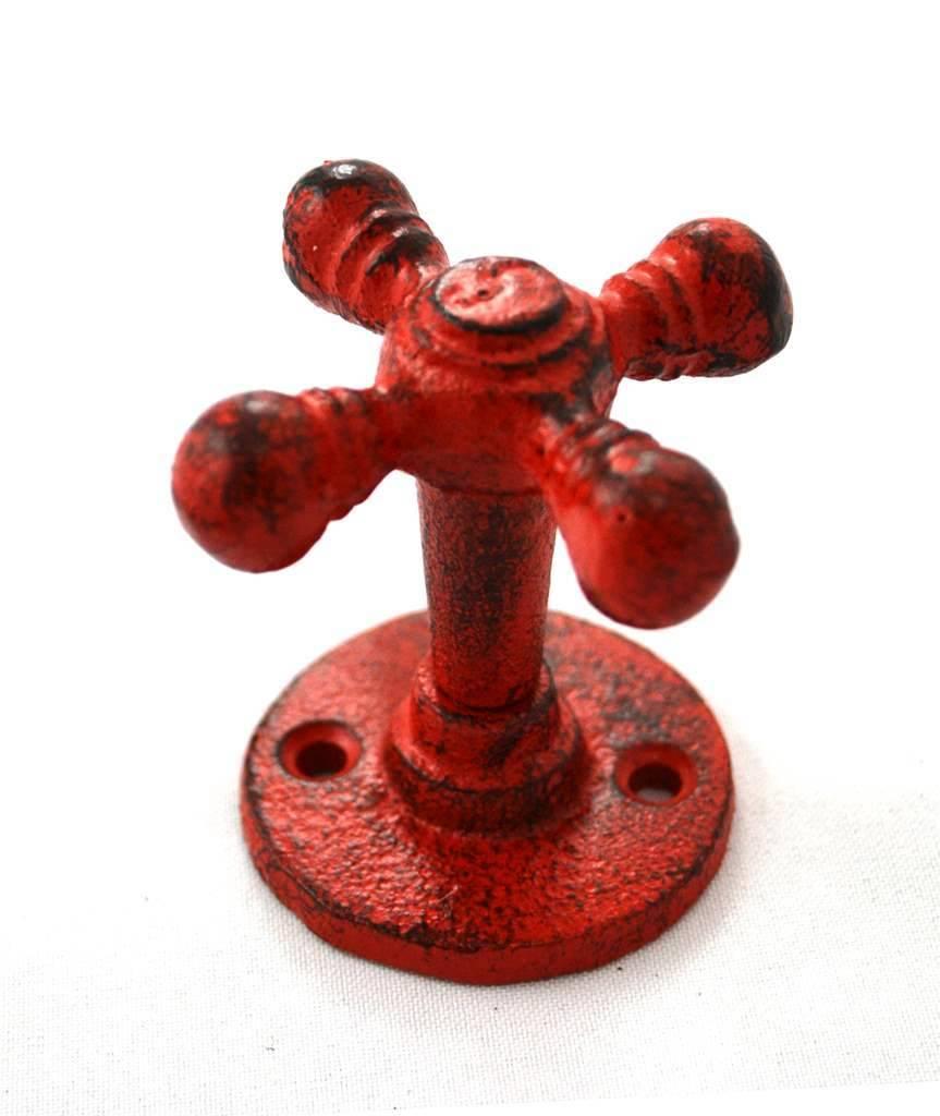 Crochet robinet en fonte rouge