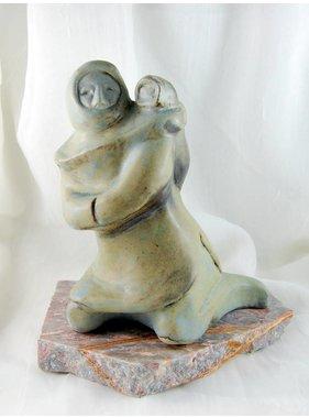 Bonnie Stamos Inuit Mère enfant amauti 8 po