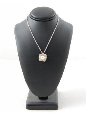 Sabine Pouquet Joaillière/Jewellery 1 Class Collier carre M CoCCM