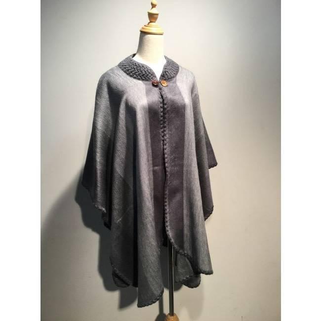 Poncho en laine d'Alpaga