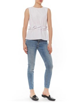 AFTER MARKET RUFFLE FRNT SLVLESS TOP
