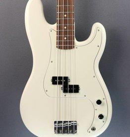Fender DEMO Fender Standard Precision Bass - Arctic White (416)