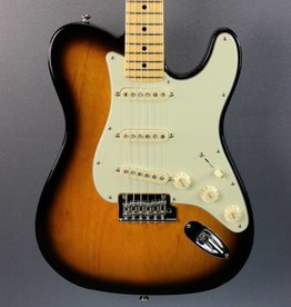 Fender DEMO Fender Limited Edition Parallel Universe Strat-Tele Hybrid (231)
