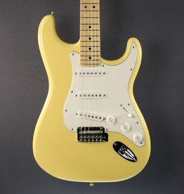 Fender DEMO Fender Player Stratocaster - Buttercream (517)