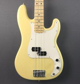 Fender DEMO Fender Player Precision Bass - Buttercream (016)