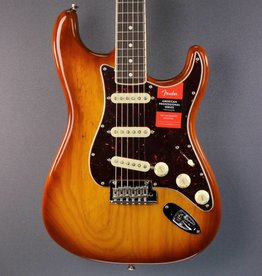 Fender NEW Fender Limited Edition American Professional Channel Bound Stratocaster (650)