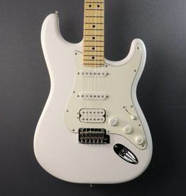 Fender DEMO Fender Player Stratocaster HSS - Polar White (852)
