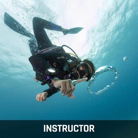 Cours d'instructeur PADI