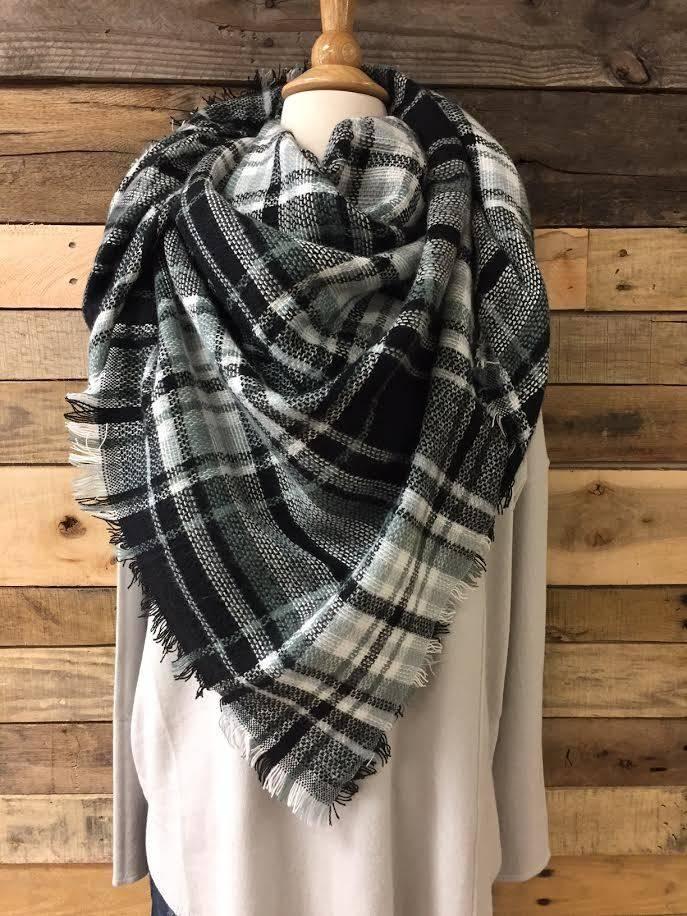Black/White/Sage Blanket Scarf