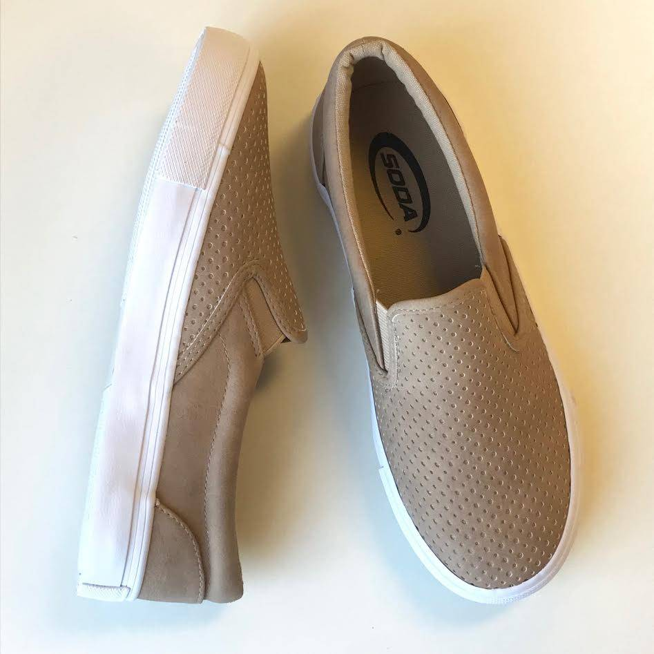 Camel Tracer Sneaker