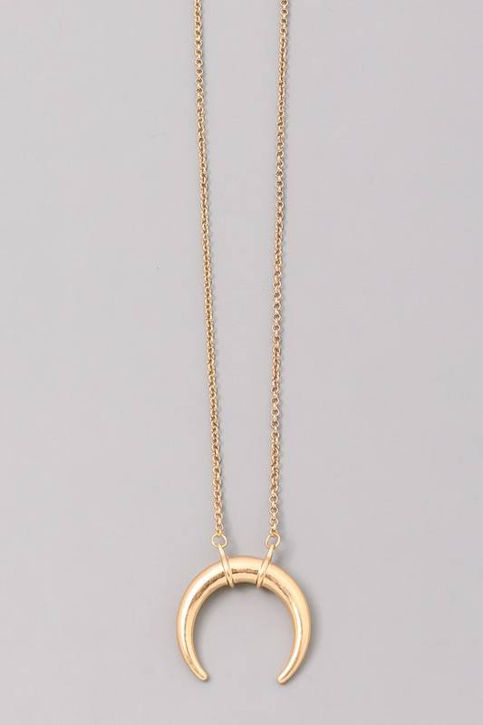 Horn Tusk Necklace