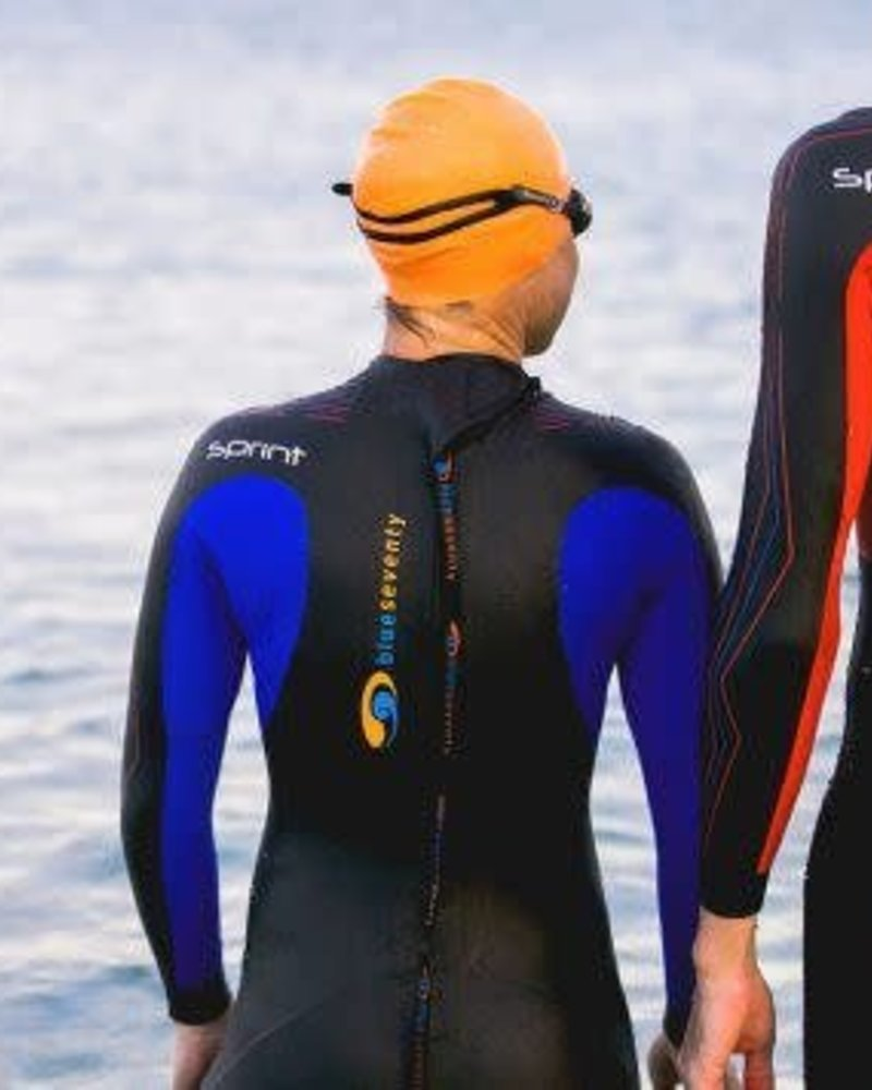 Women's 2018 Wetsuit Rental - JULY AND AUGUST
