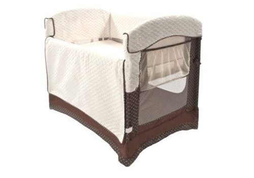 Arms Reach Arm's Reach Ideal Co-Sleeper Bedside Bassinet In Java Dot With Skirt