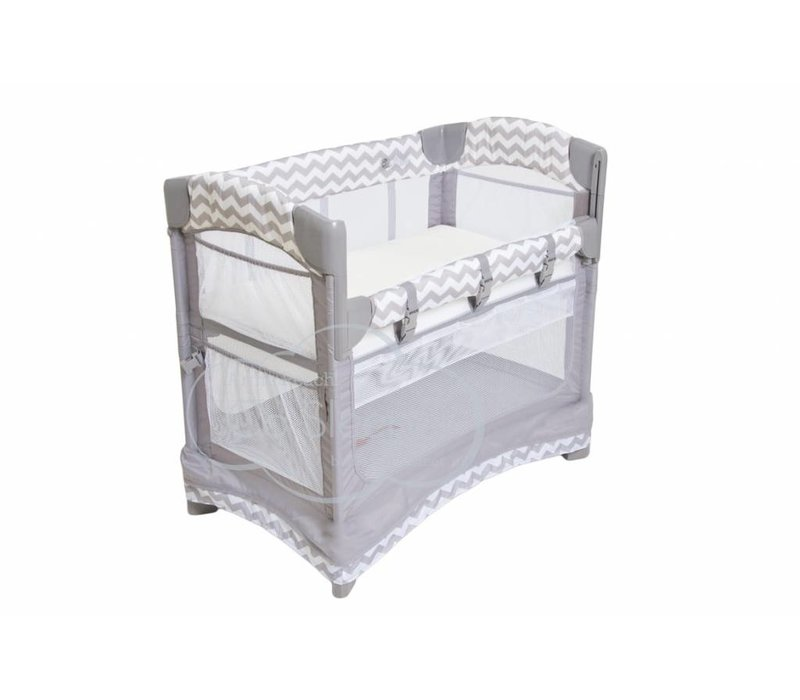 Arm's Reach Mini Arc Co-Sleeper In Chevron