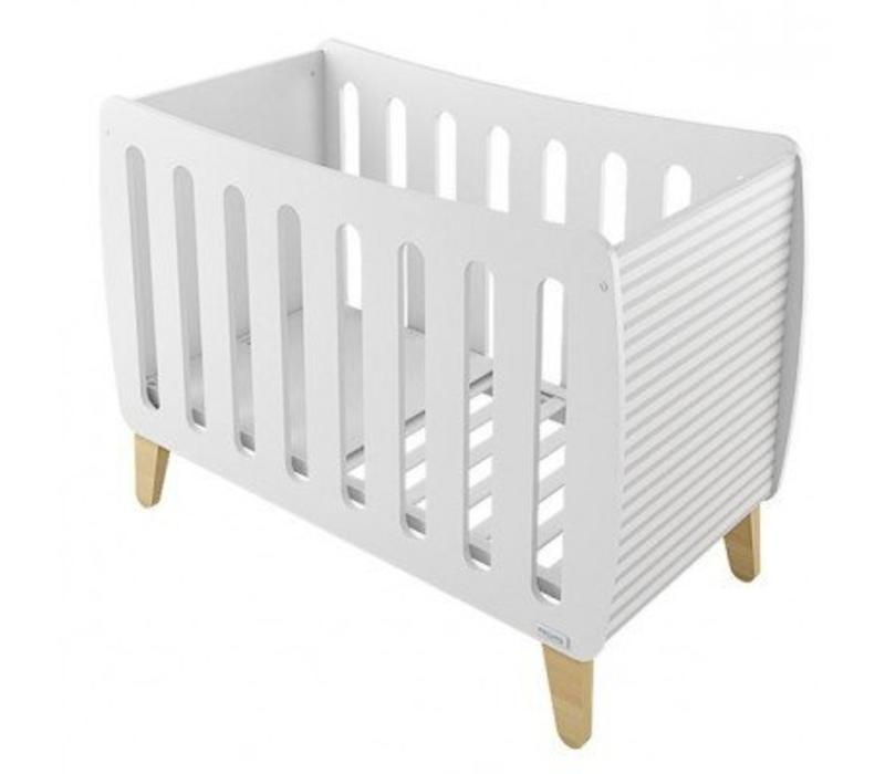 Micuna Harmony Crib In White-Lines
