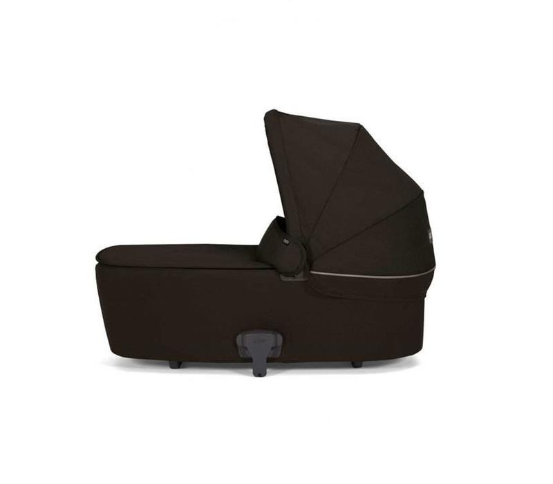 Mamas And Papas Armadillo Flip Carrycot In Black Jack