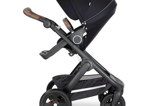 Stokke 2018 Stokke Trailz Black Frame- Brown Handle Stroller With Terrain Wheels  And Carrycot In Black