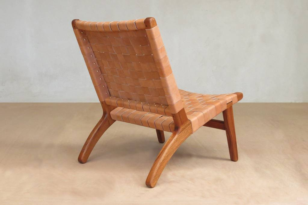 Masaya & Co Mahagony & Leather Lounge Chair