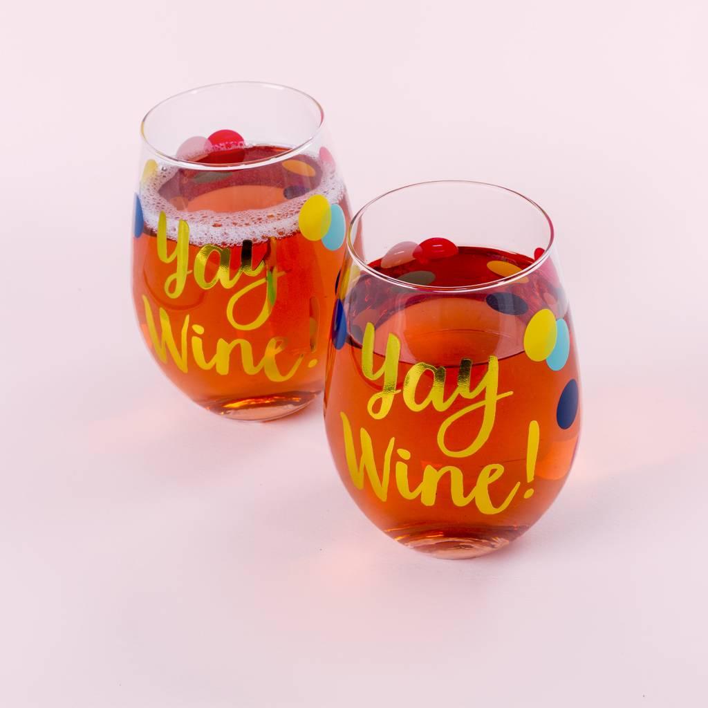 Slant Collections Dot Yay Wine Glass