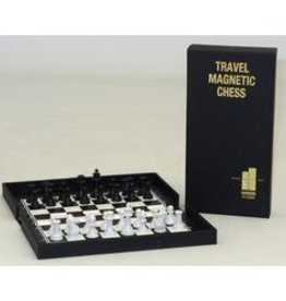 John N. Hansen Co. TRAVEL MAGNETIC CHESS