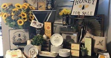 Spring Fling Sip & Shop