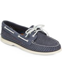 SPERRY SPERRY AUTHENTIC ORIGINAL VILLA PERFORATED NAVY BOAT SHOE (WOMEN'S) *CLEARANCE*
