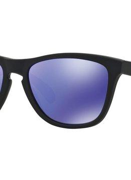 Eyewear Oakley Frogskins Matte Black Frame, Lens Violet Iridium